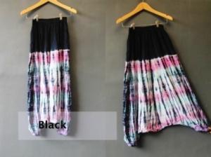 bloomy tie dye hitam