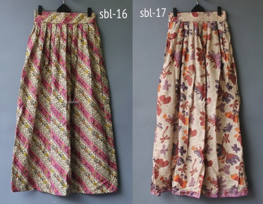 Rok panjang batik IDR 109.000 Size  all size Material  cotton Waist  66cm  -elastic behind Length  100cm 4ed4b59086